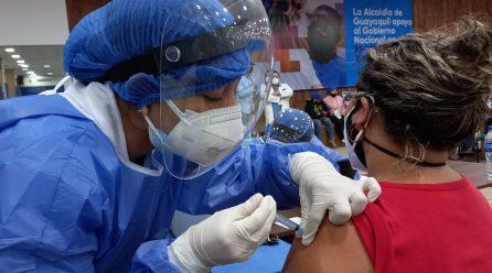Ecuador suma 2.279 nuevos casos de covid-19 y acumula 19.018 muertes