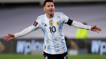Argentina, con Messi y sin sorpresas para jugar ante Paraguay, Uruguay y Perú